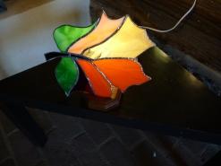 lampe en vitrail Tiffany , réalisation d'une éleve